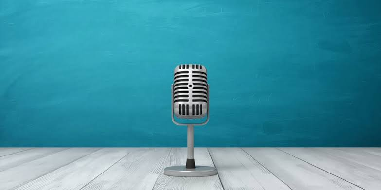 Top 5 Podcasts for Pharmacists!