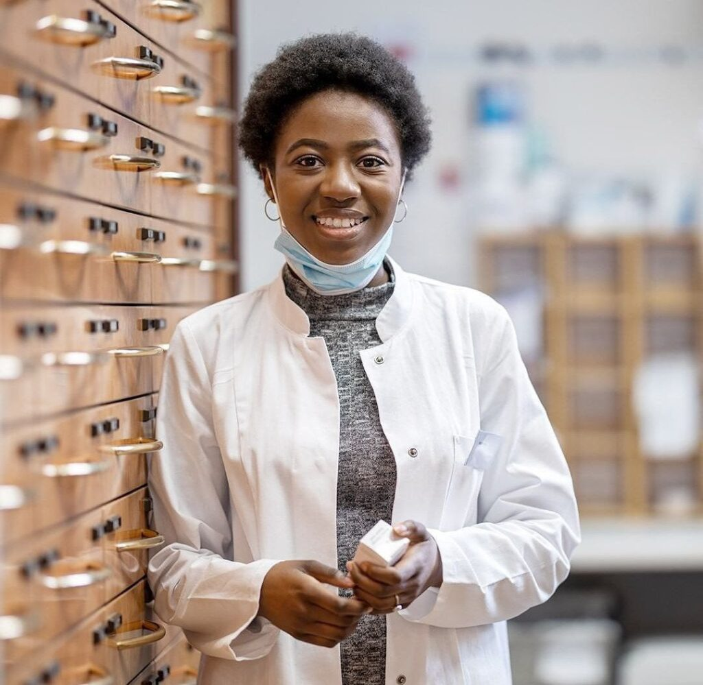 10 Things You Never Knew About Your Pharmacist..